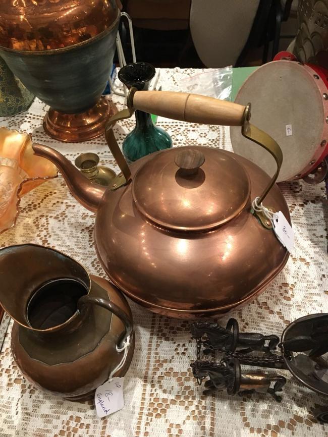 图四:葡萄牙制造的老铜壶.jpg